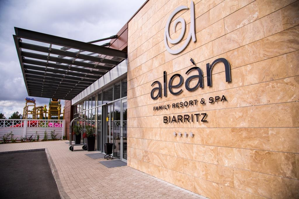 Отель Alean Family Resort & Spa Biarritz в Геленджике